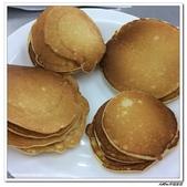 216烹飪實習( 104年9月~105年1月)&316(105年9月~106年1月)聶宗輝吳宇峰:216pancake (1).jpg