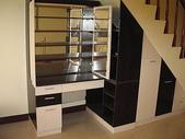 樓梯下空間設計:ap_F23_20090812121440363.jpg