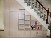 樓梯下空間設計:ap_F23_20090422084217571.jpg