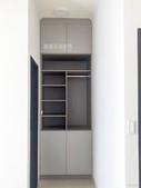 系統家具分享:3F前房間收納高櫃體.jpg