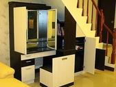 樓梯下空間設計:06_樓梯下工作台_櫃子12.jpg