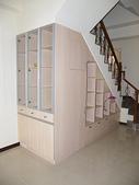 樓梯下空間設計:ap_F23_20090422084214996.jpg