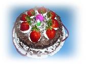 奶奶的生日:草莓巧克力蛋糕