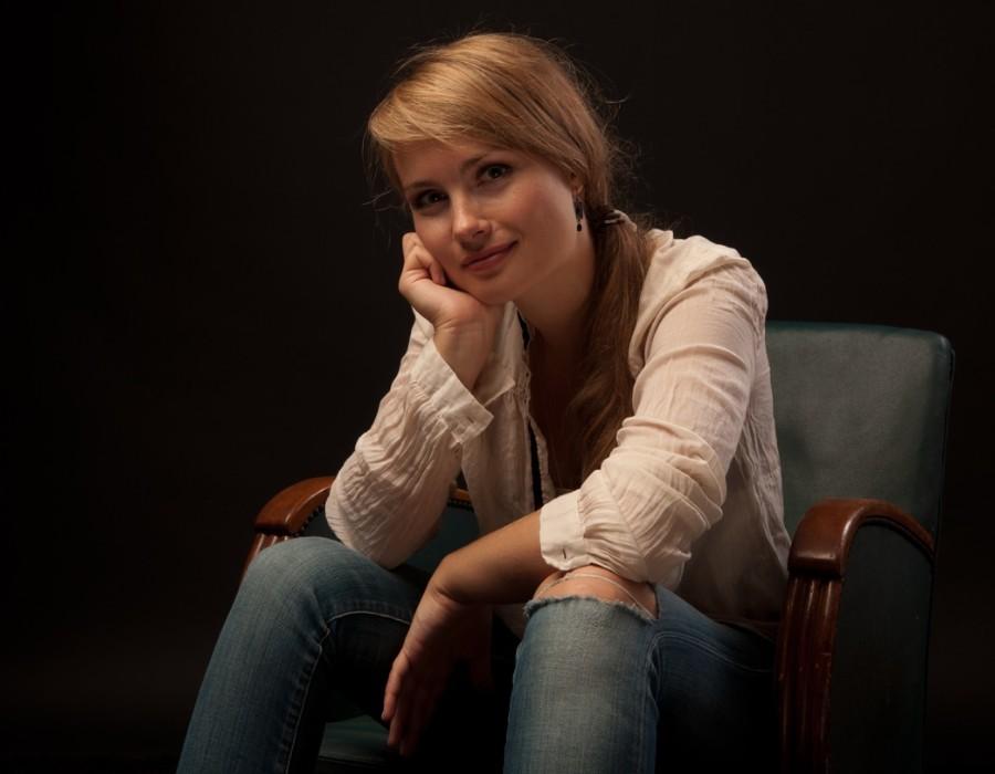 鋼琴家(301-615):1060 Katharina Treutler 卡塔琳娜.特羅伊特勒 德國鋼琴家06.jpg