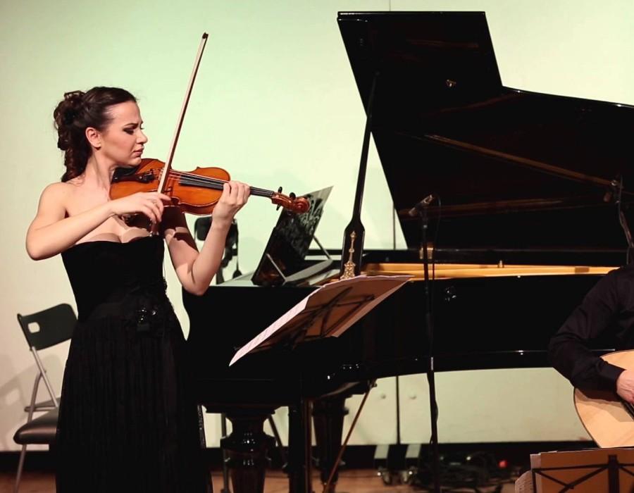 小提琴家(301-1000):720 Rusanda Panfili 魯桑達.潘菲利 1988年 羅馬尼亞小提琴家05.jpg