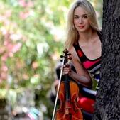 小提琴家(301-1000):308 Anna Tifu 安娜.蒂弗 1986年 意大利小提琴家.jpg