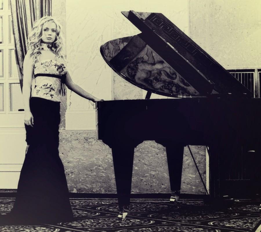 鋼琴家(301-615):1057 Anastasia Huppmann 阿納斯塔西婭.赫普曼 1988年 俄羅斯裔奧地利鋼琴家07.jpg