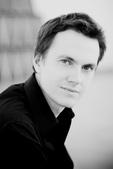 鋼琴家(301-615):384  Alexandre Tharaud 亞歷山大.薩洛 1968年 法國鋼琴家.jpg