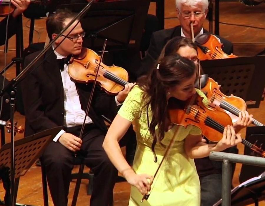 小提琴家(301-1000):720 Rusanda Panfili 魯桑達.潘菲利 1988年 羅馬尼亞小提琴家07.jpg