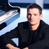 鋼琴家(301-615):338 Michael McHale 邁克爾.麥克海爾 愛爾蘭鋼琴家.jpg