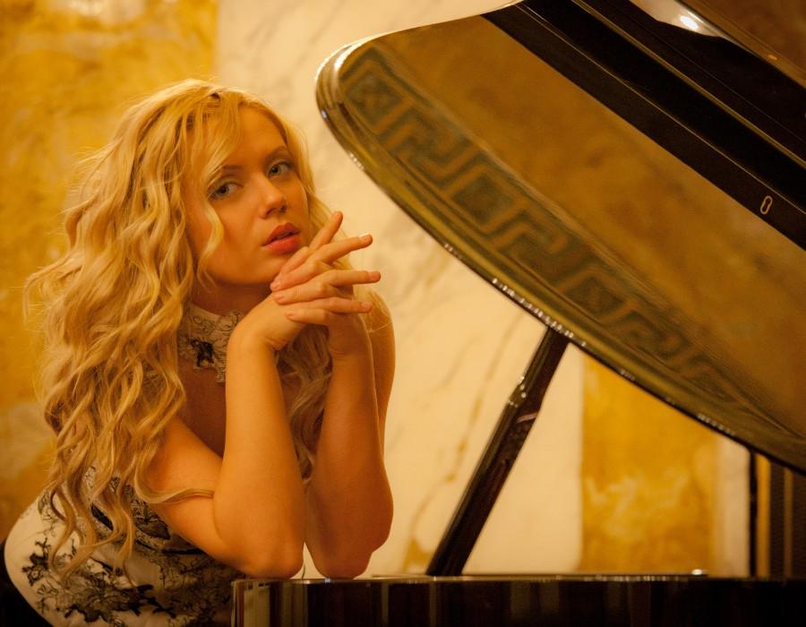 鋼琴家(301-615):1057 Anastasia Huppmann 阿納斯塔西婭.赫普曼 1988年 俄羅斯裔奧地利鋼琴家04.jpg