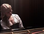 鋼琴家(301-615):1057 Anastasia Huppmann 阿納斯塔西婭.赫普曼 1988年 俄羅斯裔奧地利鋼琴家06.jpg
