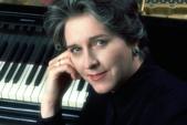 鋼琴家(301-615):348 Birsen Ulucan 比爾森.烏盧詹 土耳其鋼琴家.jpg