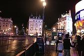英國8~倫敦+歌劇魅影:看完歌劇附近還蠻多人的