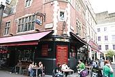 英國3~倫敦逛街:Shakespeare's Head酒館,據說倫敦有超過5000家的pub