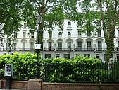 英國3~倫敦逛街:旅館前的道路很清幽