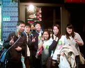 松山高中生物研究社20100424社展:小聚餐後燒烤店前的合照