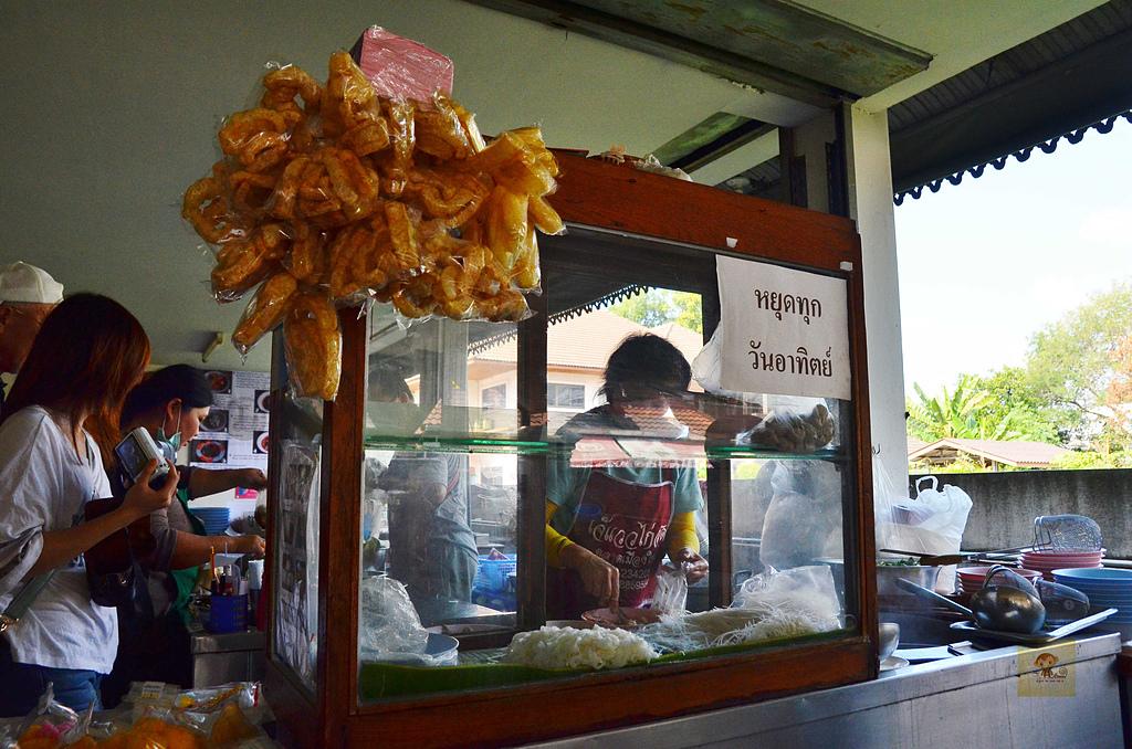 201412泰國-清邁咖哩麵:清邁咖哩麵03.jpg