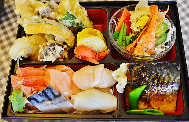1153867409 l - 日富割烹日本料理~平價日本料理店推薦,定食種類多價格便宜,幕之內定食必吃