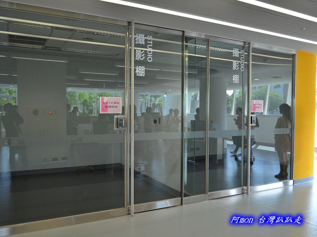 201205台中-國立台中圖書館:國中圖23.jpg