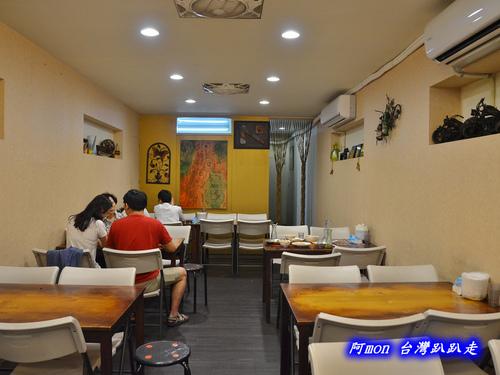 258970733 m - 北區泰式料理│泰萊泰式小吃,雙人套餐五道菜好吃又平價,近一中街