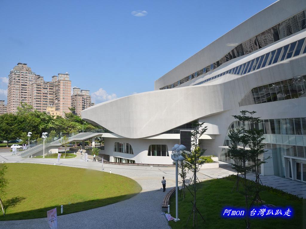 201205台中-國立台中圖書館:國中圖26.jpg