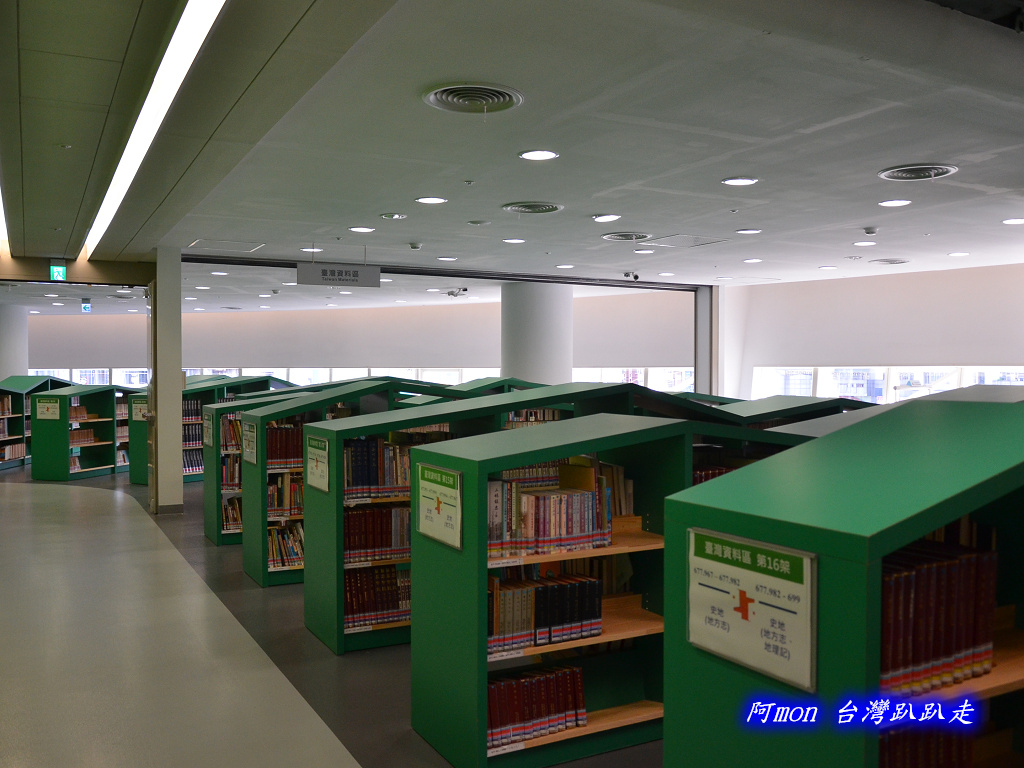 201205台中-國立台中圖書館:國中圖39.jpg
