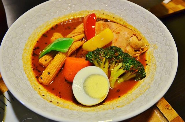 1054639862 l - 【台中西區】心湯咖哩~來自日本北海道名店的咖哩料理,料多且咖哩味香,推薦雞肉和海鮮口味