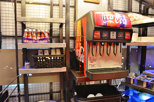 1119591597 l - 【熱血採訪】鐵板伍味~高CP值平價牛排新開幕,可樂、濃湯免費喝到飽,學生聚餐大推薦,近一中街、台中公園、中友百貨