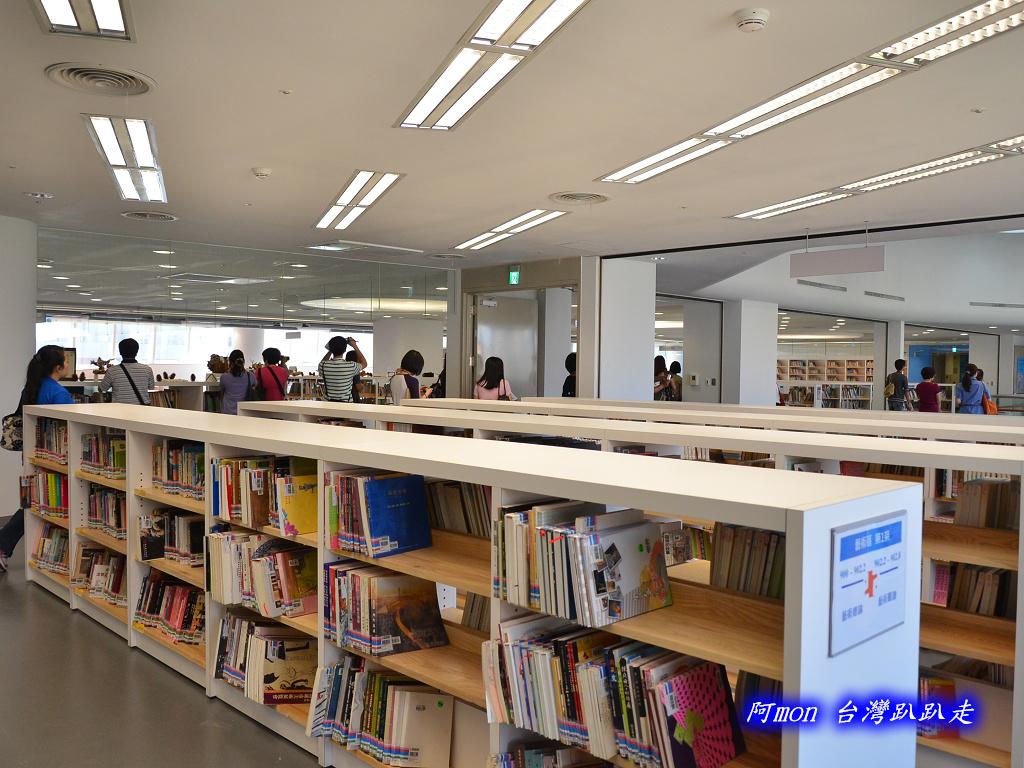 201205台中-國立台中圖書館:國中圖47.jpg