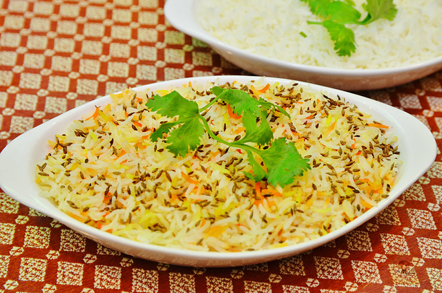 1142282201 l - 【熱血採訪】斯里瑪哈印度餐廳~正統印度料理大推薦,有帥氣印度老闆和爆好吃的印度咖哩,綜合海鮮咖哩、瑪莎拉豆沙及寶萊雞丁必吃,近勤美誠品