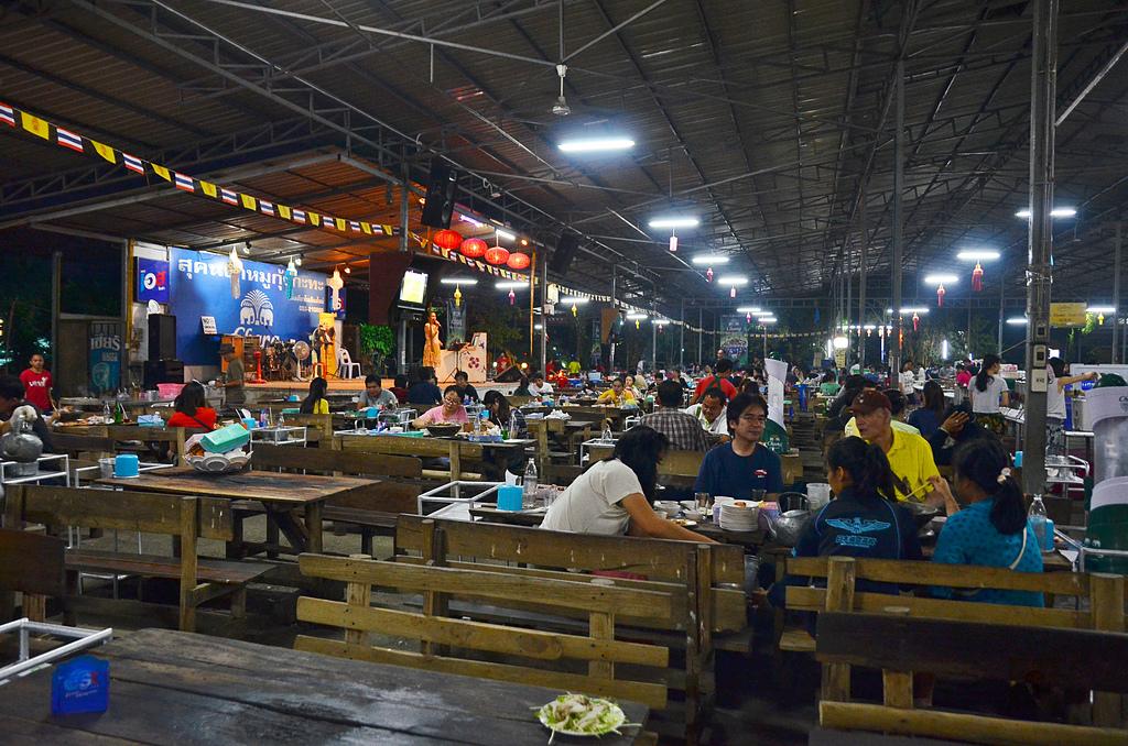 201412泰國清邁-千人火鍋:泰國清邁千人火鍋03.jpg