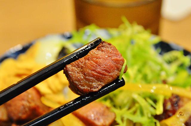 1083765082 l - 【台中西屯】開丼燒肉~美味可口的平價燒肉定食,湯品、飲料可無限喝,推薦骰子牛燒肉飯,近台灣大道、精明商圈
