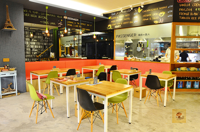 1045077864 l - 【台中西區】Passenger 隨食旅人~讓人驚喜的美味輕食店~好吃的芭蕾帕夫甜點、香料雞肉燒餅、西班牙烘蛋