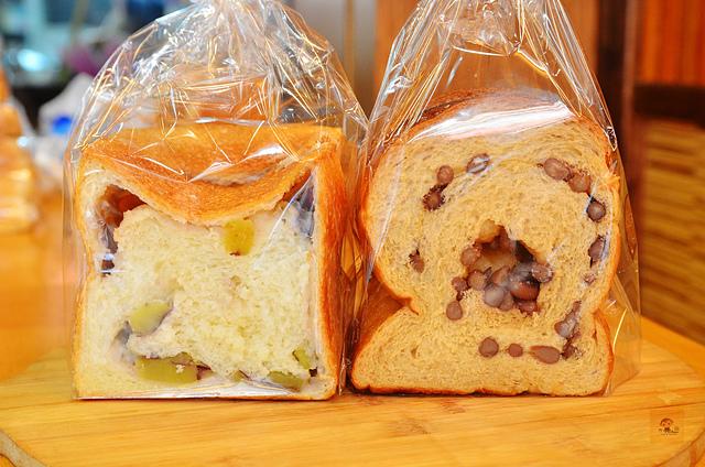 1104111342 l - 【熱血採訪】品麵包~高CP值的麵包店推薦,價格親民且用料紮實,麵包內餡飽滿,越嚼越好吃,推蔓越莓、招牌核桃口味吐司,近豐樂公園