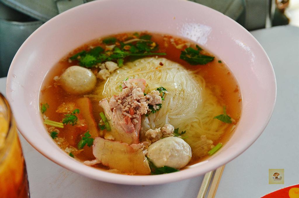 201412泰國-清邁咖哩麵:清邁咖哩麵17.jpg