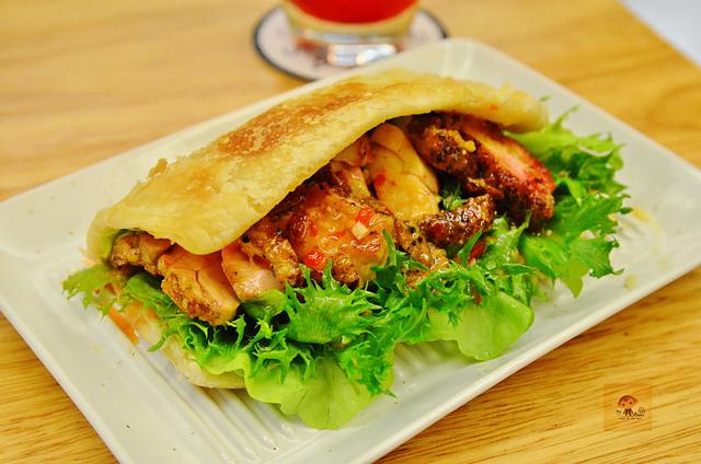 1045078169 l - 【台中西區】Passenger 隨食旅人~讓人驚喜的美味輕食店~好吃的芭蕾帕夫甜點、香料雞肉燒餅、西班牙烘蛋