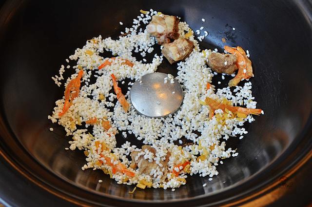 1118622014 l - 【熱血採訪】蒸籠宴~生猛海鮮創意新吃法,用蒸鍋蒸出海鮮的甜美與鮮味,大推泰國蝦、活鮑魚、活蟹,適合團體聚餐和家庭聚餐