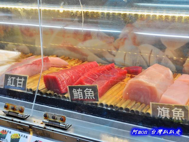 1031258495 l - 【台中太平】花田壽司~市場內便宜又好吃的熱門壽司店,生魚片、握壽司、炙壽司都很讚
