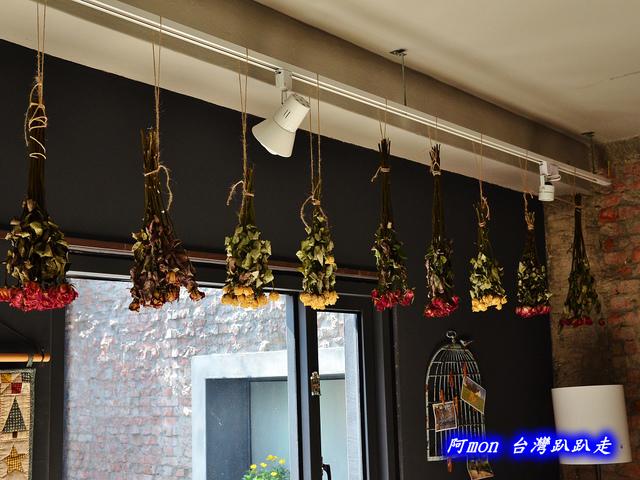 802188850 l - 【台中西區】Isabella's cafe~環境溫馨適合拍照的手做私房料理