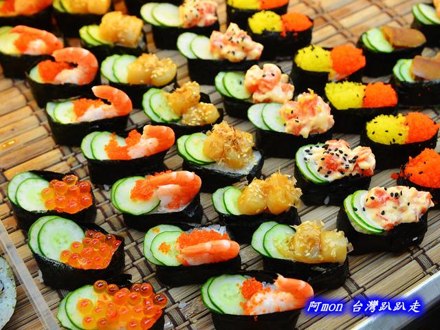 1031258506 l - 【台中太平】花田壽司~市場內便宜又好吃的熱門壽司店,生魚片、握壽司、炙壽司都很讚