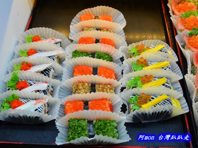 1031258510 l - 【台中太平】花田壽司~市場內便宜又好吃的熱門壽司店,生魚片、握壽司、炙壽司都很讚