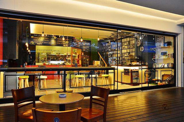 1045075400 l - 【台中西區】Passenger 隨食旅人~讓人驚喜的美味輕食店~好吃的芭蕾帕夫甜點、香料雞肉燒餅、西班牙烘蛋