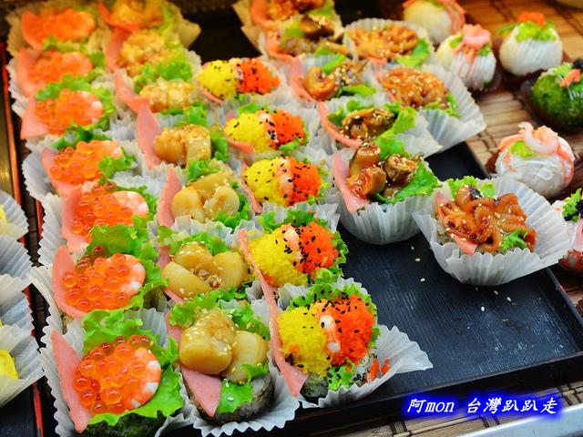 1031258512 l - 【台中太平】花田壽司~市場內便宜又好吃的熱門壽司店,生魚片、握壽司、炙壽司都很讚