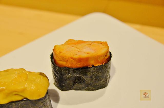 1051584162 l - 【熱血採訪】本壽司~職人級師傅掌廚的平價精緻壽司專賣店,食材新鮮且用心,推薦鮭魚生魚片、海膽、松露和牛,另有無菜單料理