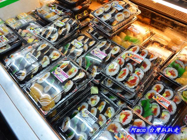 1031258516 l - 【台中太平】花田壽司~市場內便宜又好吃的熱門壽司店,生魚片、握壽司、炙壽司都很讚