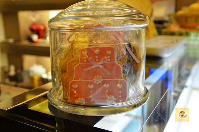 1045804993 l - 【台中西區】檸檬洋菓子~小巷中的平價甜點蛋糕店,檸檬塔清爽又好吃,百元有找喔