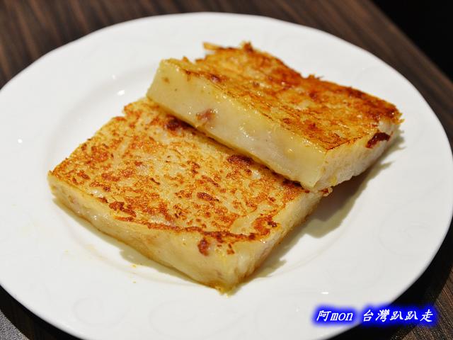 1025992661 l - 【台中西區】哄供茶餐廳~餐點種類多的港式料理,特價時吃最好