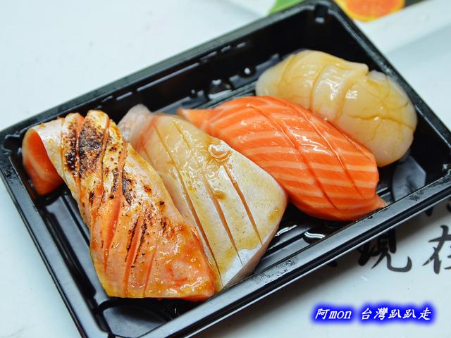1031258527 l - 【台中太平】花田壽司~市場內便宜又好吃的熱門壽司店,生魚片、握壽司、炙壽司都很讚
