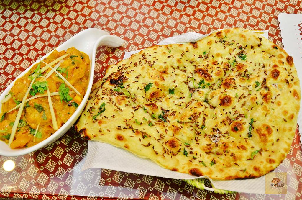 201610台中-斯里瑪哈印度料理:斯里瑪哈印度餐廳24.jpg
